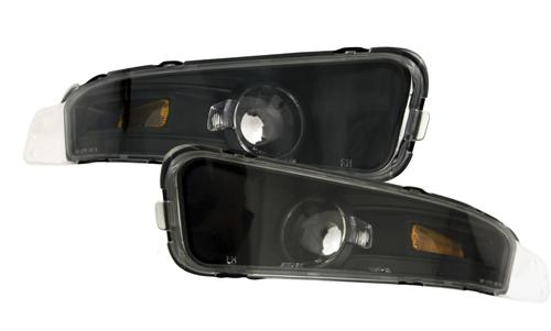 Clear corner lights, black background, 2005-09 Mustang