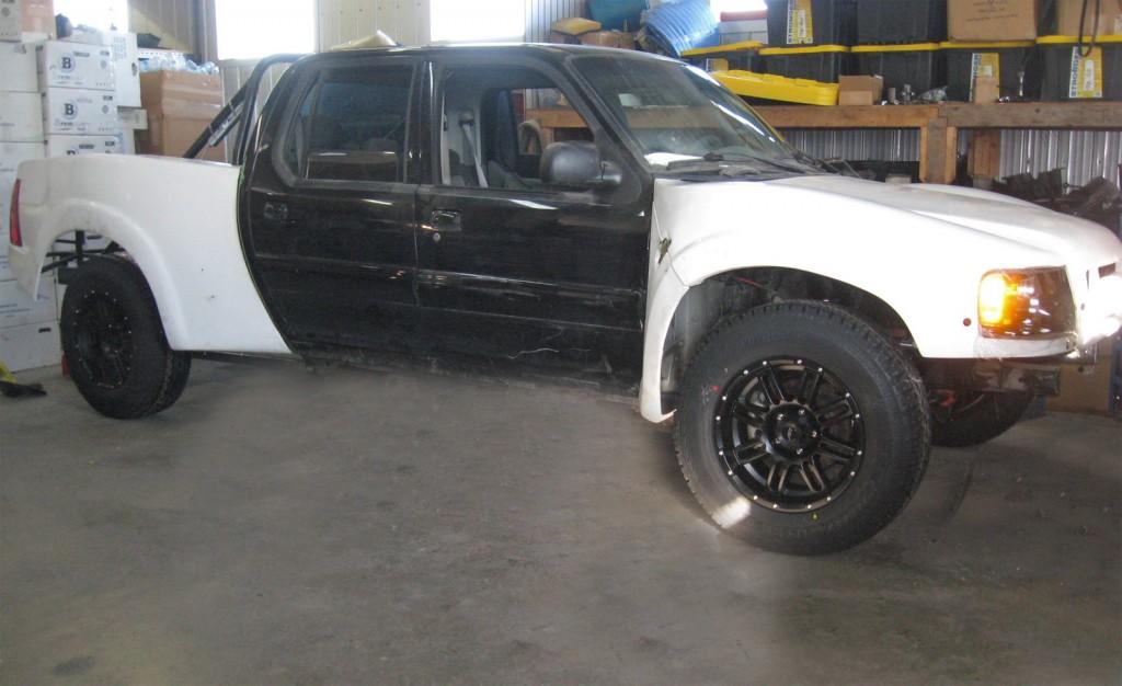Raptrac sits on 265/70/18 Geolanders and American Racing AR901 wheels.